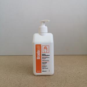 BradoGEL alkoholos kézfertőtlenítő 500 ml pumpás