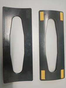 Kéztörlőpapír adagolóba szűkítő alkatrész